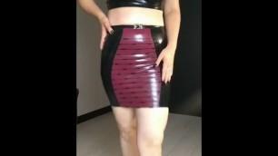 latex skirt 7y6yff